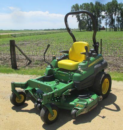 2012 John Deere Z930A Lawn and Garden