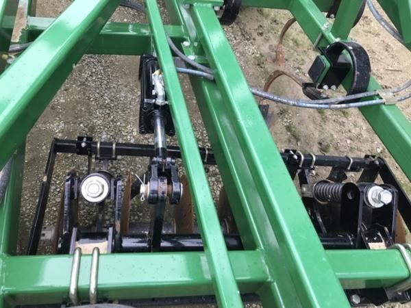 2013 Great Plains Disc-O-Vator 8328DV Soil Finisher