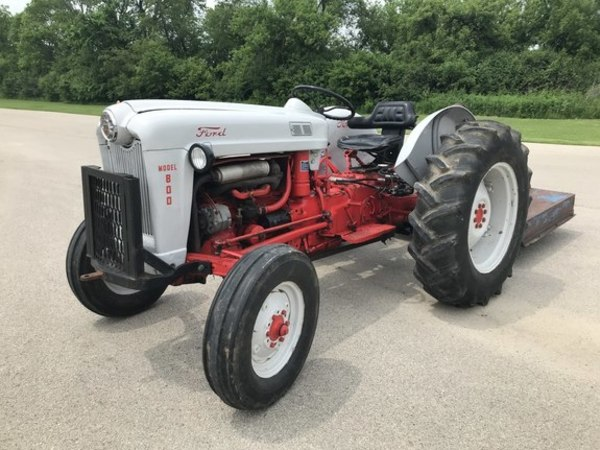 1959 Ford 800 Tractor