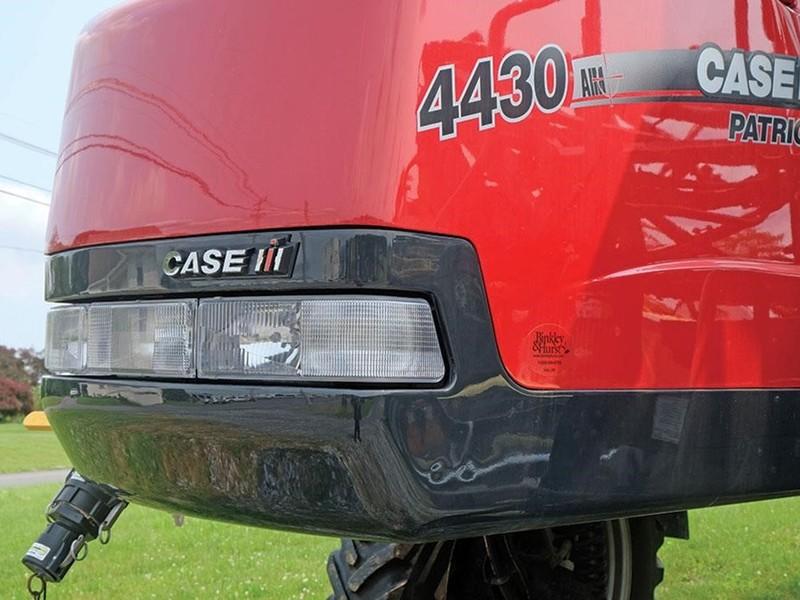 2014 Case IH Patriot 4430 Self-Propelled Sprayer