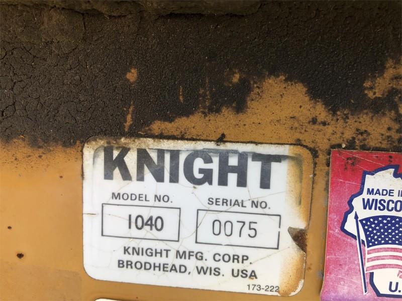 1993 Knight 1040 Manure Spreader
