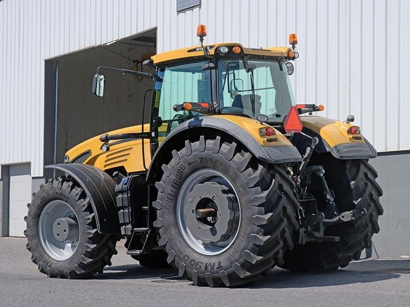 2017 Challenger MT655E Tractor