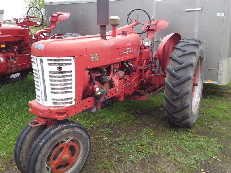 Used International Harvester 300 Tractors for Sale