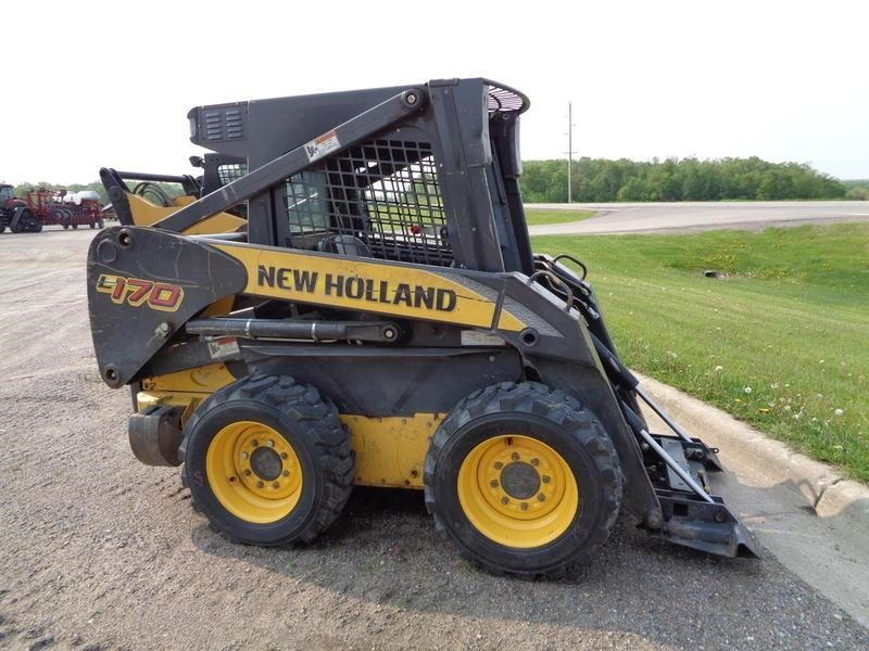 2010 New Holland L170 Skid Steer