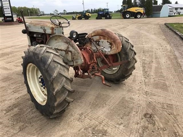 1954 Ford 960 Tractor
