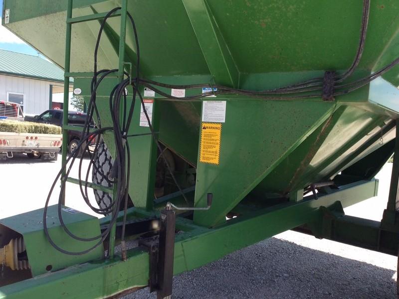 Ficklin CA15000 Grain Cart
