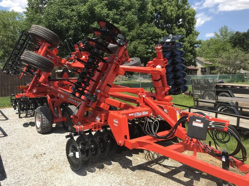 2019 Kuhn Krause 8005-20 Vertical Tillage