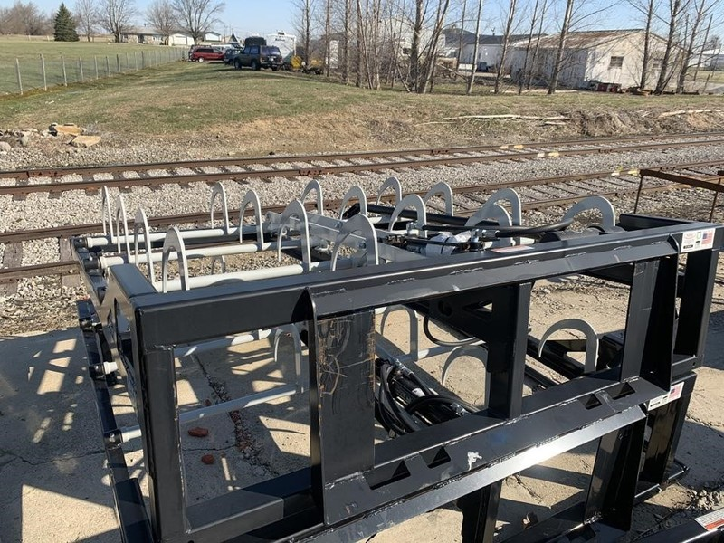 2018 Kuhns Manufacturing EGF8 Hay Stacking Equipment