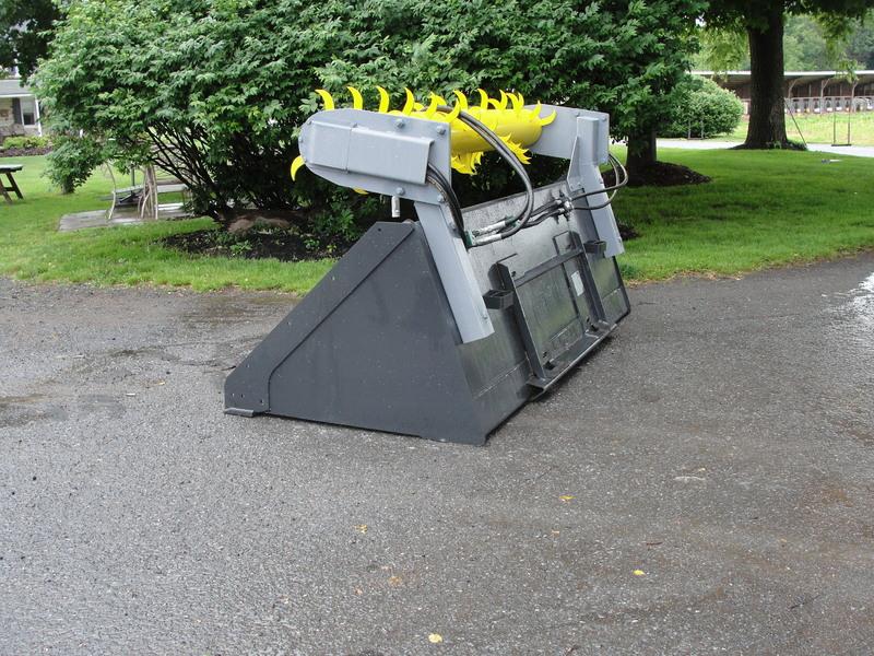 2019 Hoover BM96 Loader and Skid Steer Attachment
