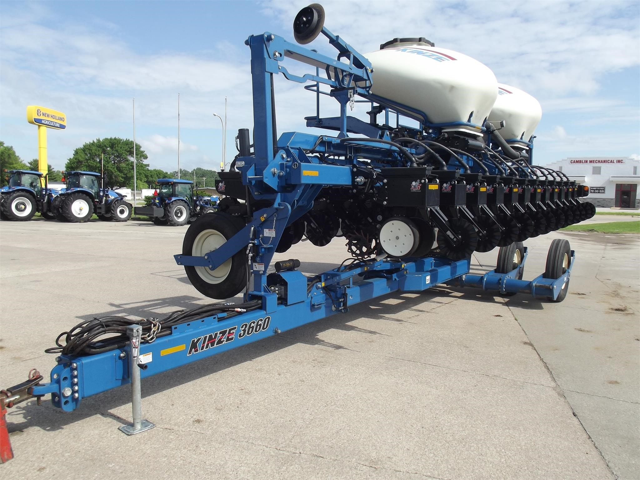 2014 Kinze 3660 ASD Planter