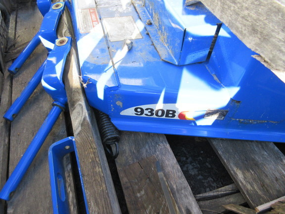 2005 New Holland 930B Rotary Cutter