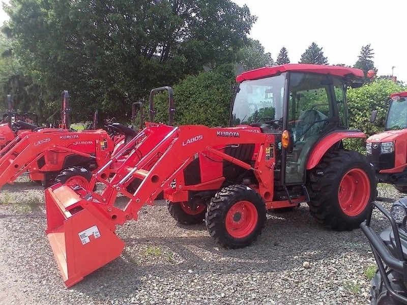 Used Kubota L3560 Tractors for Sale | Machinery Pete