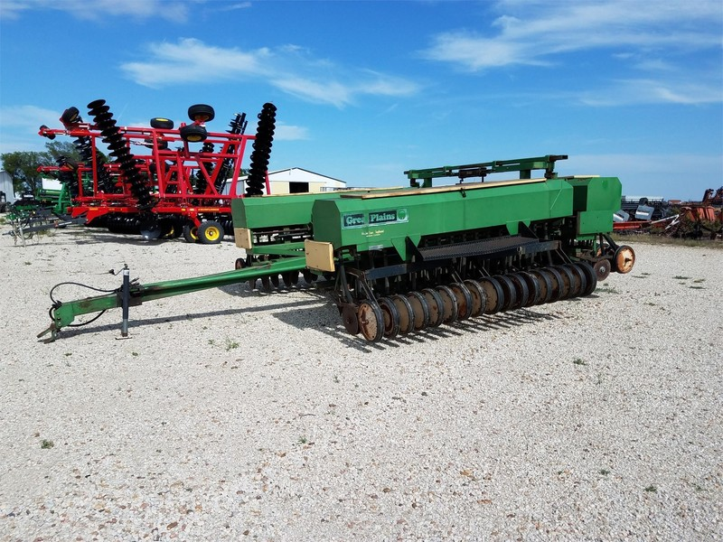 1981 Great Plains 510781DDP3 Drill