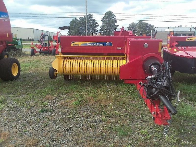 Used New Holland Small Square Balers for Sale | Machinery Pete