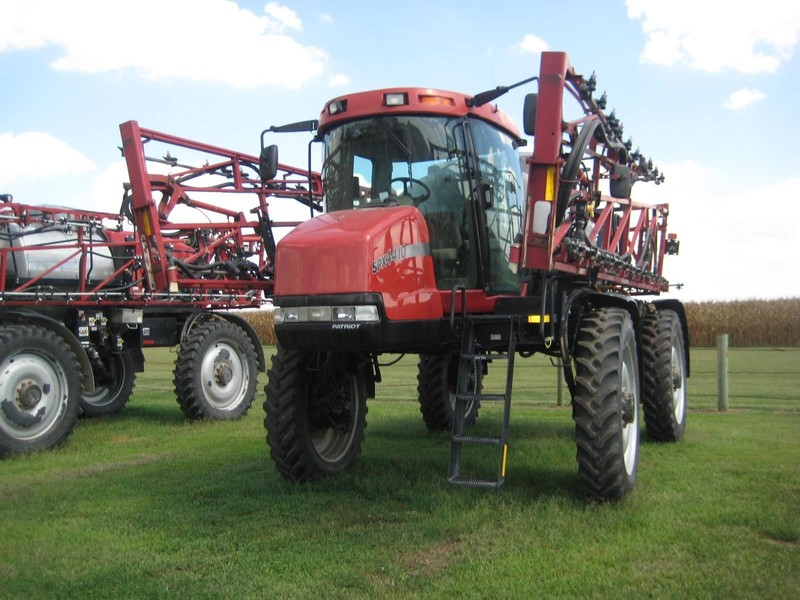 2006 Case IH SPX4410 Self-Propelled Sprayer