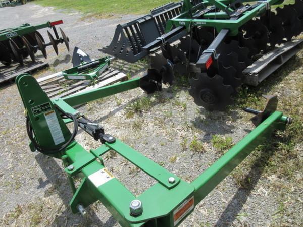 2015 Frontier BU1060 Cattle Equipment