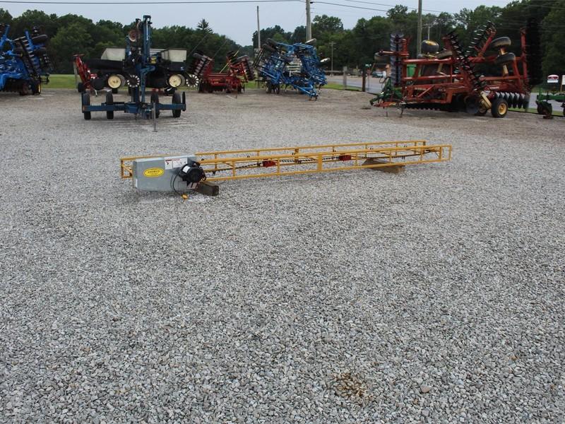 Snowco HEC16M Hay Stacking Equipment