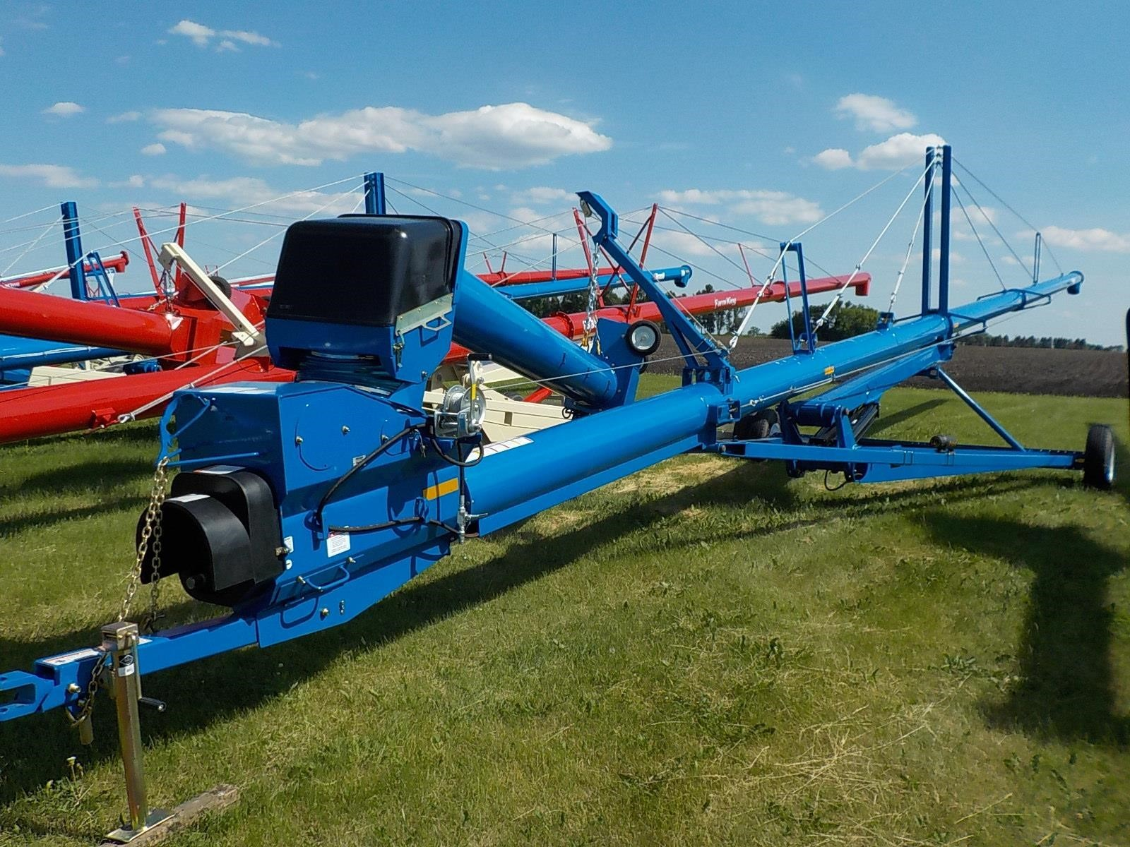 2019 Brandt 1390XL+ Augers and Conveyor