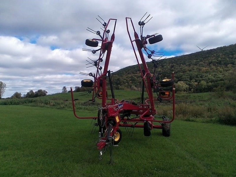 2014 New Holland Proted 3625 Tedder