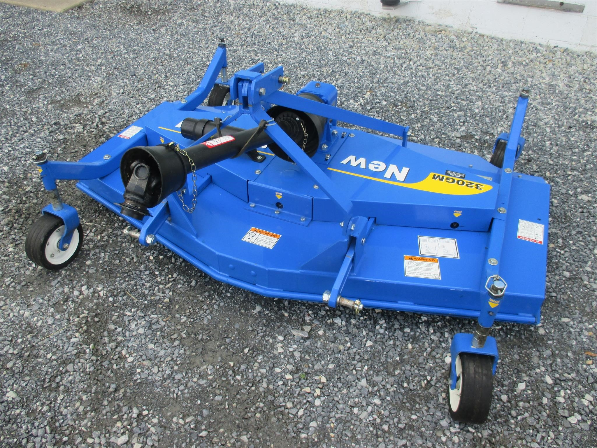 New Holland 320GM Rotary Cutter