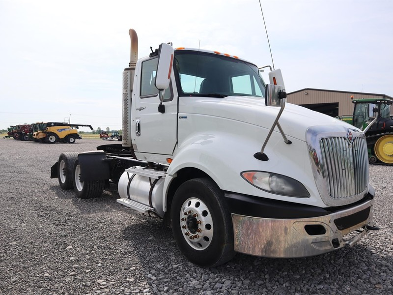 2013 International PROSTAR+ Semi Truck