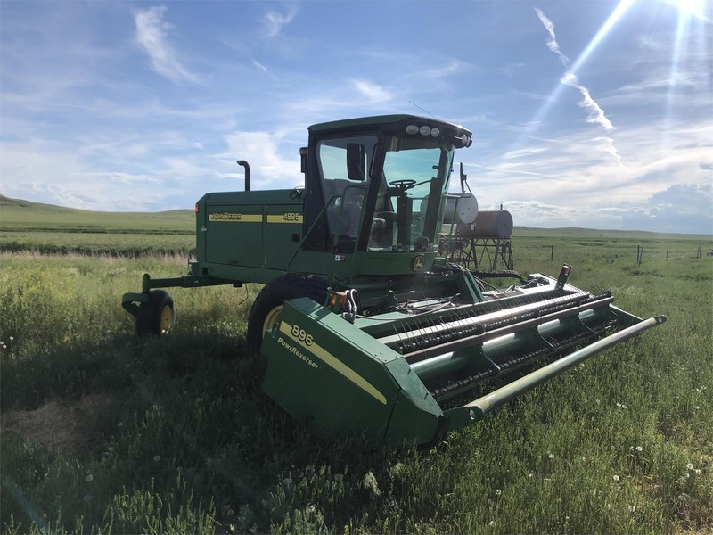 John Deere 4895 Self-Propelled Windrowers and Swathers for Sale