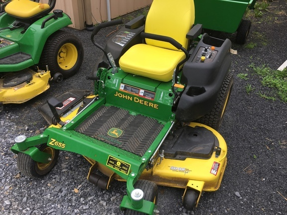 2015 John Deere Z655 Lawn and Garden