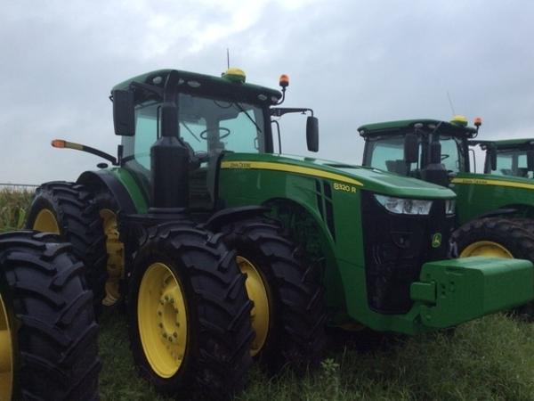 2018 John Deere 8320R Tractor