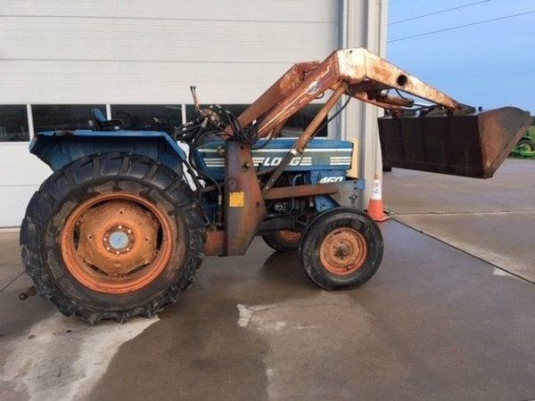 Long 460 Tractor