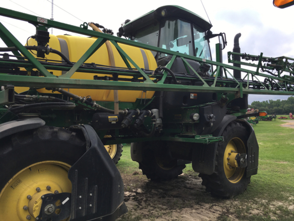 2018 John Deere R4023 Self-Propelled Sprayer