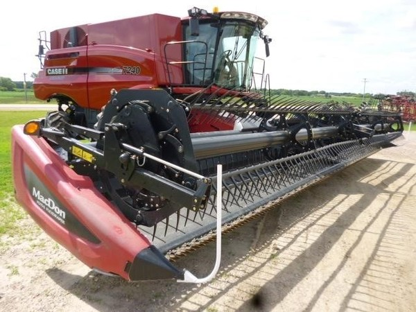 Used MacDon FD75 Platforms for Sale   Machinery Pete