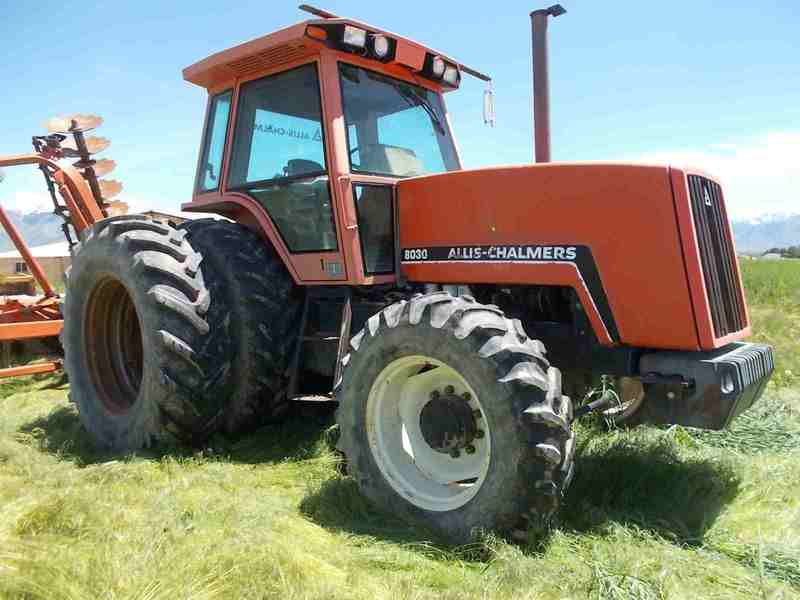 1983 Allis Chalmers 8030 Tractor