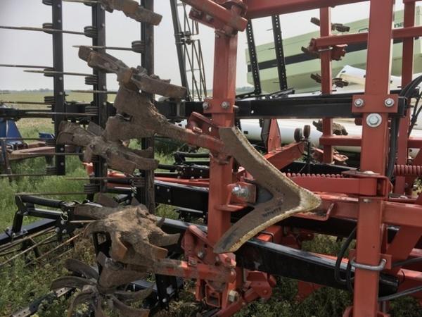 2012 Krause TL6400-24 Soil Finisher
