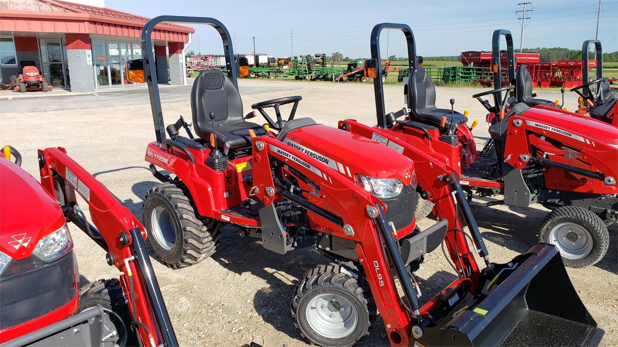 Massey Ferguson GC1723E Tractor