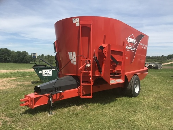 2016 Kuhn Knight VT1100 Grinders and Mixer
