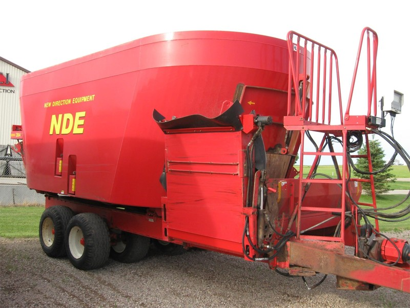 2010 NDE 2804 Grinders and Mixer