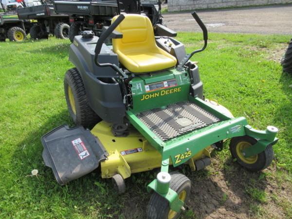 John Deere Z425 Lawn and Garden for Sale | Machinery Pete