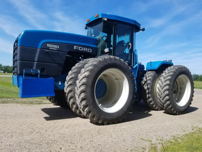Ford Versatile 9280 Tractor