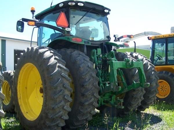 2014 John Deere 6190R Tractor