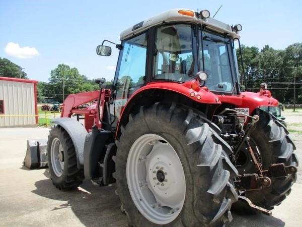 2004 Massey Ferguson 6465 Tractor