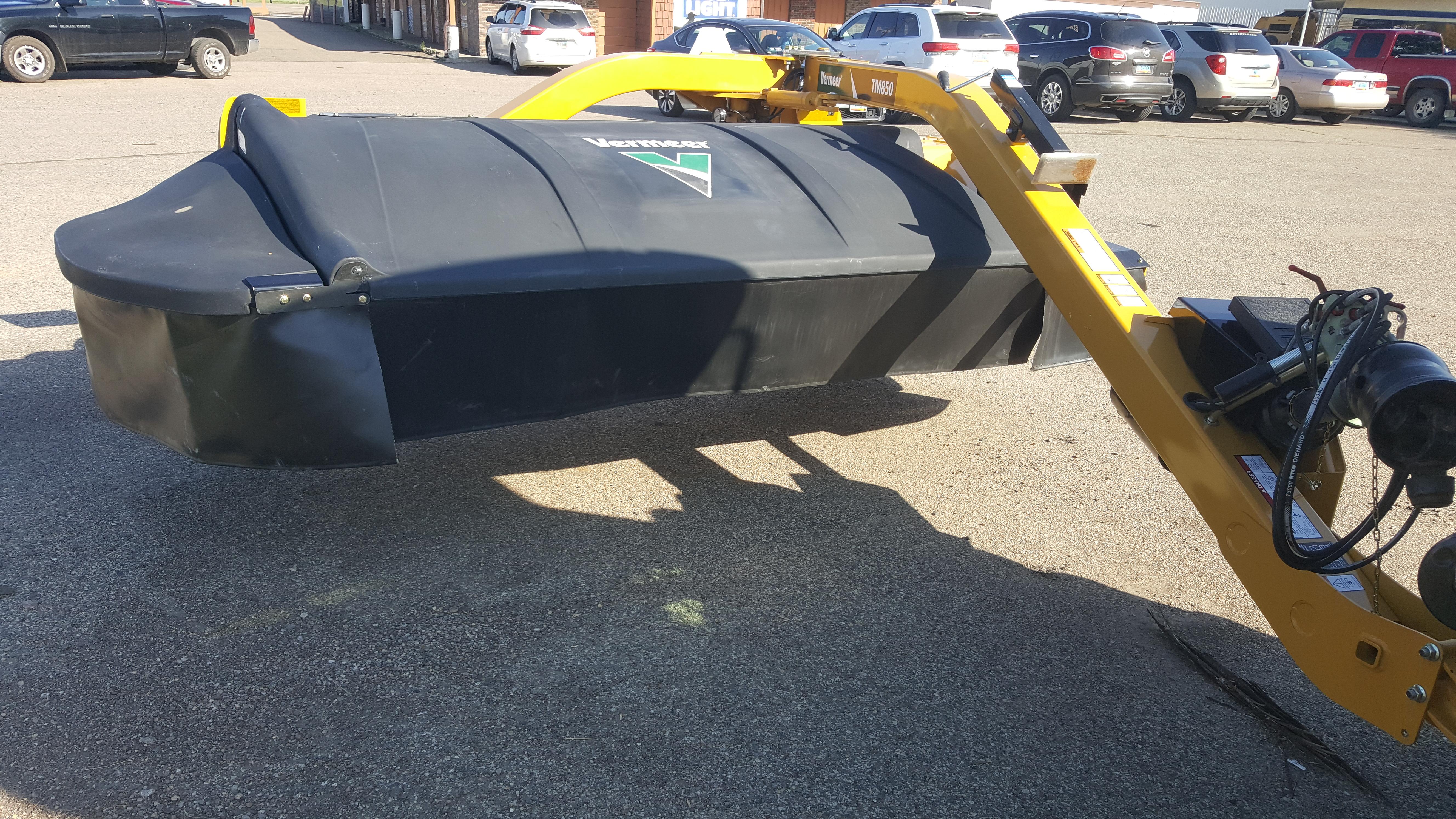2021 Vermeer TM850 Mower Conditioner