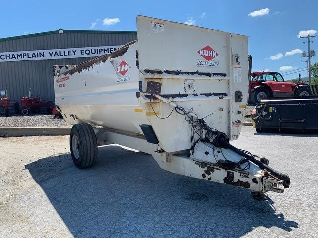 Kuhn Knight RC260 Grinders and Mixer