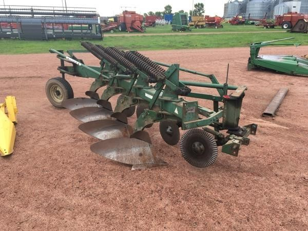 Oliver 546 Plow