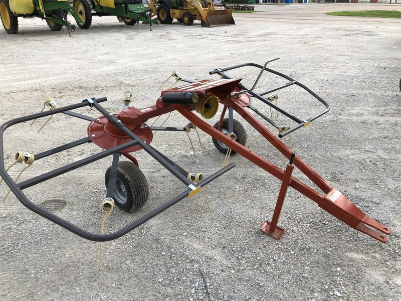Used Tedders for Sale | Machinery Pete