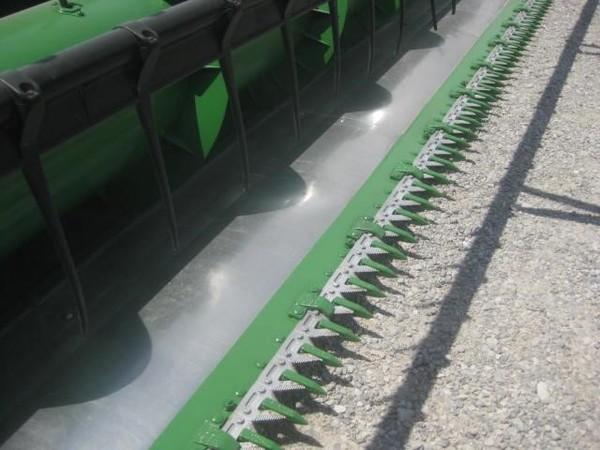 1999 John Deere 925F Platform