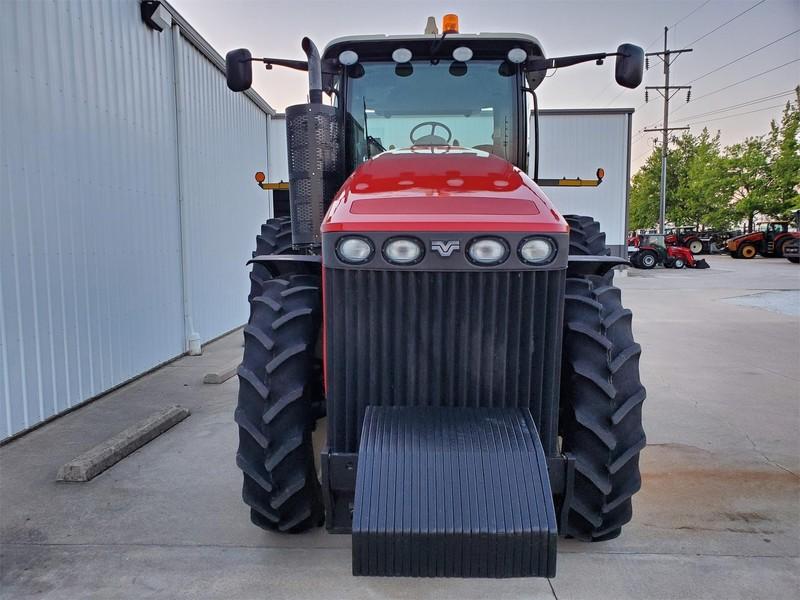 2015 Versatile 260 Tractor