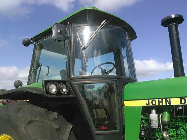1989 John Deere 4450 Tractor