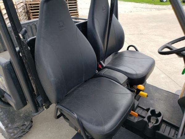 2010 John Deere Gator XUV 825I ATVs and Utility Vehicle