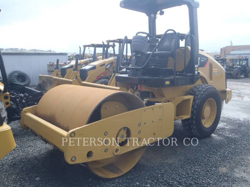 2013 Caterpillar CS44 Compacting and Paving