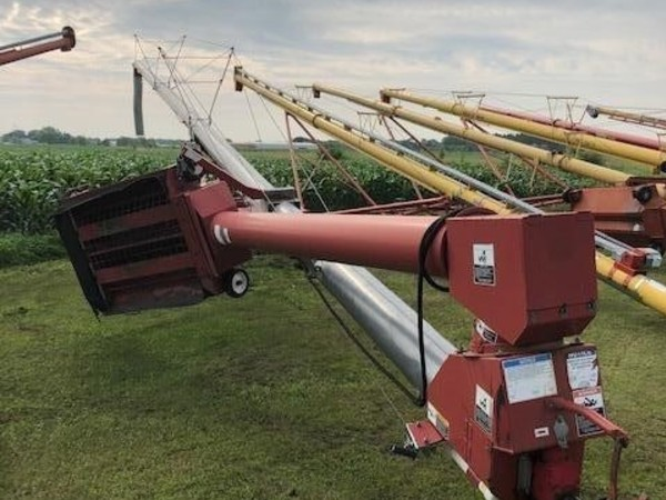 2007 Grain King 10x71 Augers and Conveyor